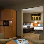 2 Bedded room with Picture